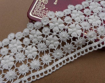 Cotton Floral Lace Trim in Off-white Cotton Lace Fabric Trim for Bags and Purse Star Lace Supplies