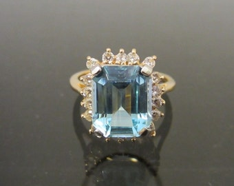 Vintage 14K Solid Yellow Gold 5.54Ct Genuine Blue & White Topaz Halo Ring Size 9.5