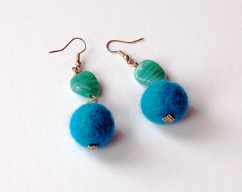 Felt Earrings. Dangling earrings.