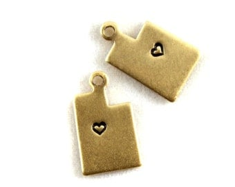 2x Brass Utah State Charms w/ Hearts - M073/H-UT