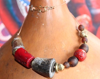 Coral horn necklace with african glass beads