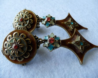 Earrings. Enamel. Chorange (France).