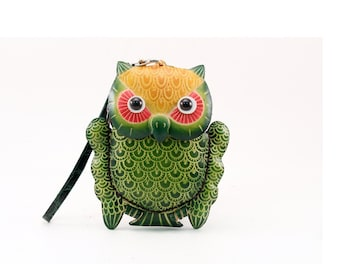Genuine Leather Owl Wristlet /  Owl Coin Purse /  Green Owl /  Wallet