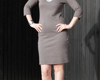 Dark grey 3/4 sleeve dress