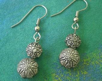 Silver Sun Bead Earrings Starburst Stacked Suns Puffed  Beaded Dangle Earrings 2-sided