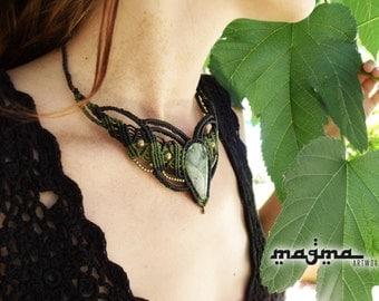 Pixie leaf macrame necklace Nephrite