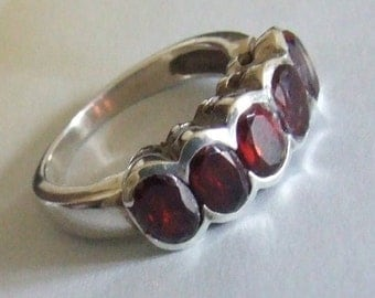 Sterling Silver Deep Red Faceted Garnet Cluster Ring Size 7