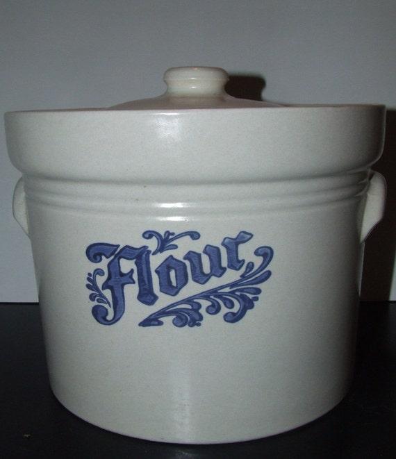 Pfaltzgraff Yorktowne Blue Flour Stonware Canister Farmhouse