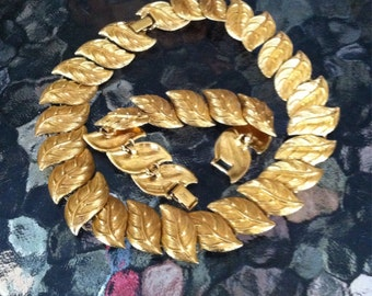 Vintage Monet necklace and bracelet