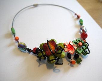 LIQUIDATION - Spring necklace