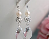 Wedding earrings, Swarovski earrings, Bridal teardrop earrings, Rhinestone earrings, Long dangle earrings, Cream pearl crystal earrings