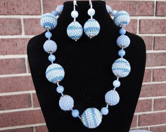 Crochet earings and necklace set, handmade jewerly