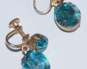 Beautiful faux blue sapphire & gold earrings.