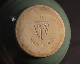 Pfaltzgraff Bowl Mixing Green Ceramic 1930s York P 2 Qt