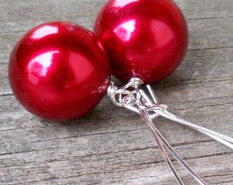 Aimee - Large 18mm Round Metallic Red Pearl Silver Dangle Kidney Hoop Earrings