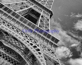 Eiffel Tower, black and white, detail 5