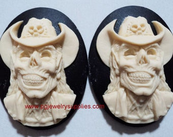40mm x 30mm cowboy skeleton skull monster zombie cameos ivory on black 2 pieces lot l