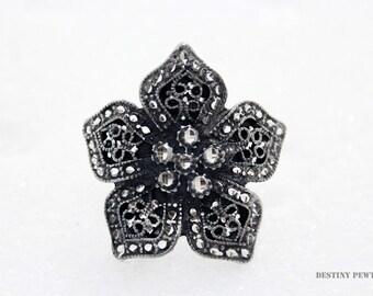 Silver Pewter Diamond Cut Southwestern Style Flower 5-Petal Handmade Ponytail Slide