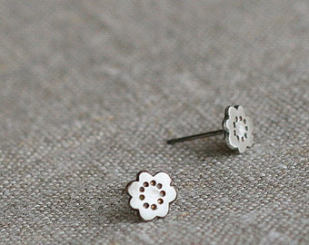 Ji blossom earrings
