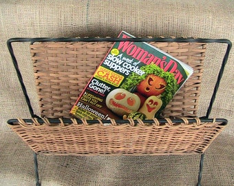 Vintage Woven Magazine Rack Home Decor Books Reading Material Holder