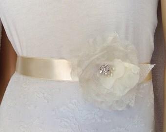 Wedding Belt, Bridal Sash, Wedding Dress Sashes Belts, Ivory Sash, Wedding Gown Sash, Ribbon belt, Bow Belt, Gatsby, !920, 1930's