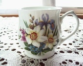 Crownford Mug/Tea Cup With White/ Lavender/ Mauve and Blue Flowers - England - Elegantcrystalchina