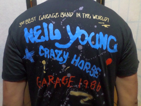 Make me an OFFER!   -  Vintage Neil Young Crazy Horse GARAGE 1986 Concert Tour T-shirt