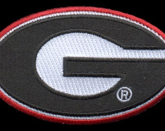 University of Georgia Bulldogs Patch.....IRON ON Patch about 3 x 2 inches