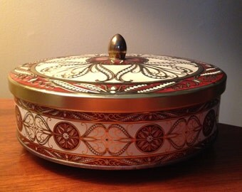 Vintage tin container made in England