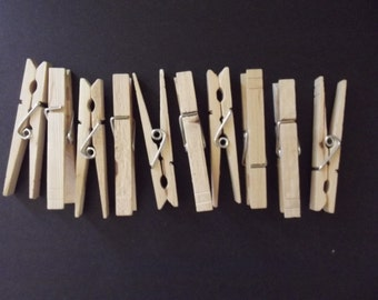 25 Clothes pins, Unfinished wooden clothes pins Large size, Natural wooden clothes clips for hang photos, table decor,