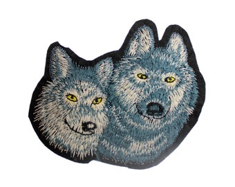 Embroidered Iron On Appliques patch  2 dog Head NEW