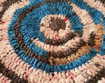 Crochet plastic bag rug