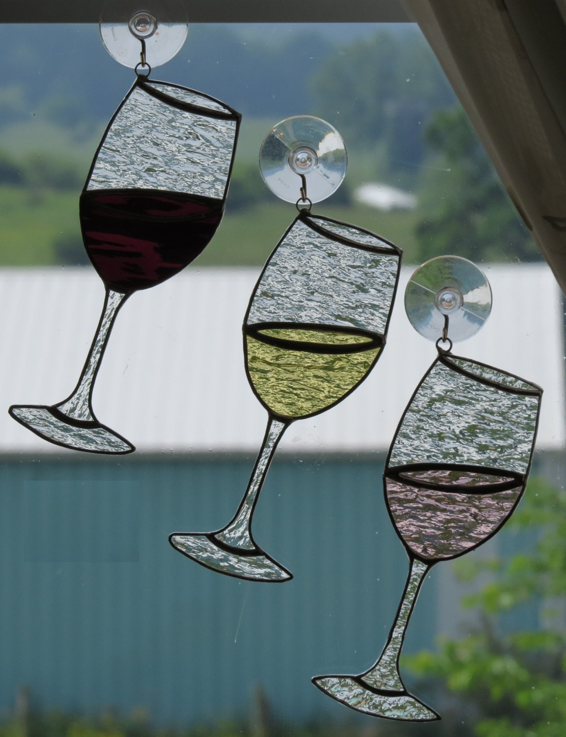 Handmade stained glass wine glass suncatcher for Cool wine glass designs