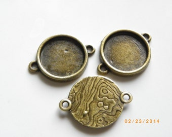 10 pcs Antique Bronze Tone Brass Pendant Base Connector Findings with 14mm Round Pad Cameo Setting