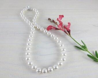 Hand Knotted Swarovski Pearl Bridesmaids Necklace, Bridesmaids Pearl Necklace, Hand Knotted Pearl Necklace, Swarovski Pearl Necklace