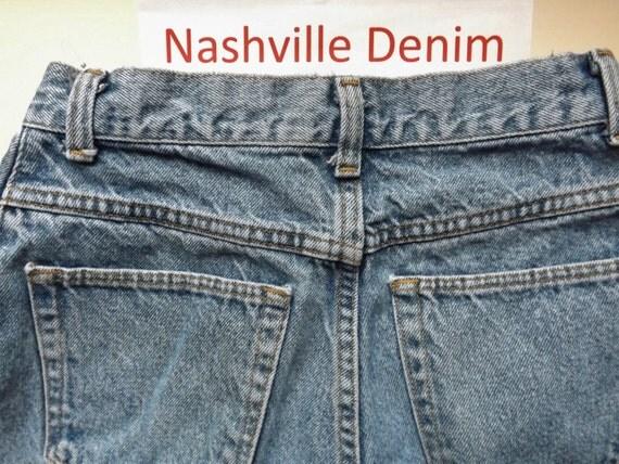 vintage wrangler blue jeans high waisted tapered leg size 10p. Black Bedroom Furniture Sets. Home Design Ideas