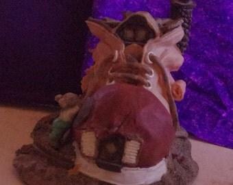 Adorable Vintage Old Shoe House Ceramic Figurine