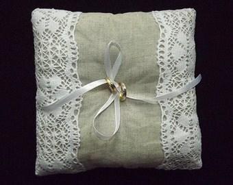 Linen Ring Bearer Pillow / Rustic Wedding