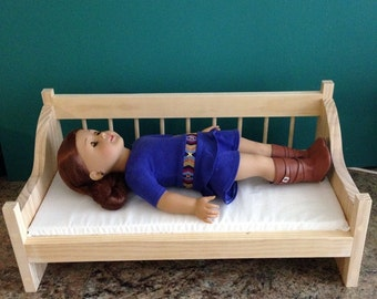 Day Bed / Couch For use with 18 Inch American Girl Dolls