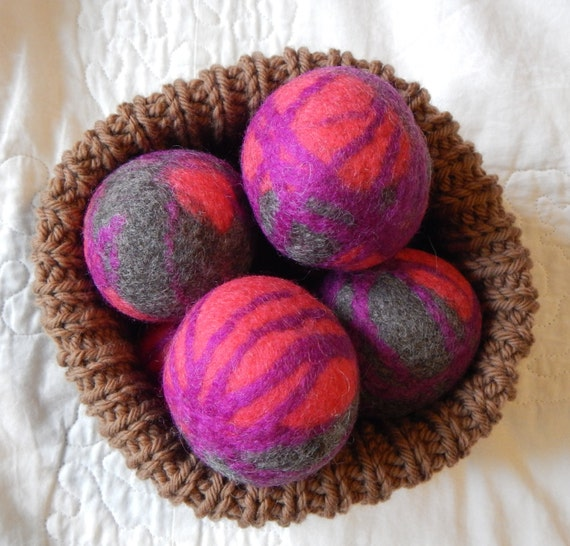 Knitting Pattern For Wool Dryer Balls : wool dryer balls pink and grey felted balls eco-friendly