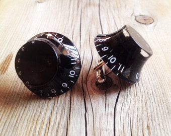 Guitar Knob Cuff Links, that go to ELEVEN!