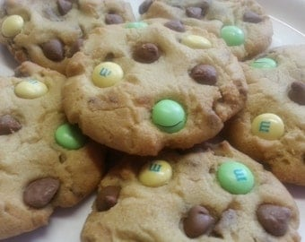 Baby Shower Chocolate chip cookies 1 Dozen Gourmet