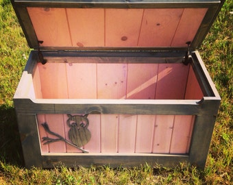 Rustic Toy Chest (Pink)