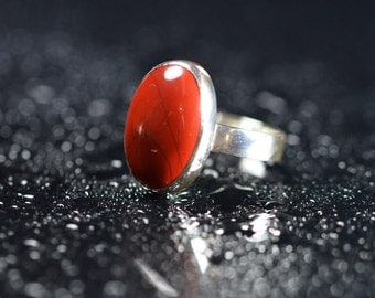 Sterling silver ring with red jasper stone