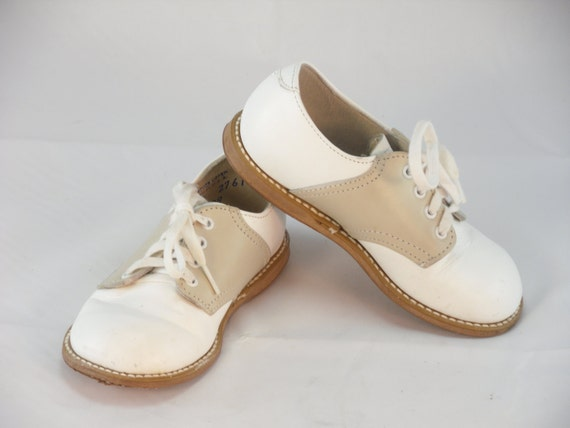 vintage white leather saddle oxfords foot mates toddler