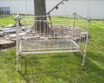 SALE Antique Victorian White Chippy Paint Metal Day Bed