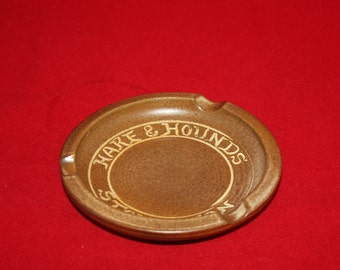 Vintage Hare & Hounds ASHTRAY Stoughton Old Forge Pottery Rowlands Castle Brown Gold
