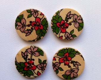 Wooden buttons - floral