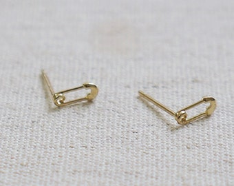10K Gold tiny Safety Pin earrings, solid Gold, 10k real Gold - TG038