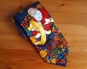 Vintage tie ATLAS DESIGN 100% Polyester Men's tie blue CHRISTMAS motif with Santa Claus and presents Microfiber